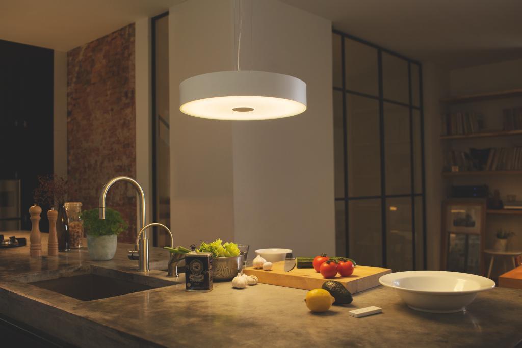 philips hue connected fair pendel. Black Bedroom Furniture Sets. Home Design Ideas